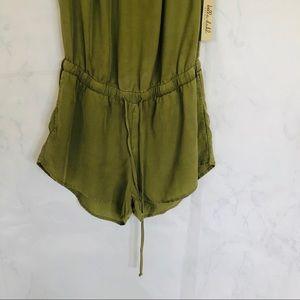 Bella Dahl Pants - Bella Dahl/ off the Shoulder/ Green Romper